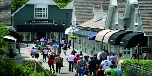 Bicester Village by Licensed London Taxi